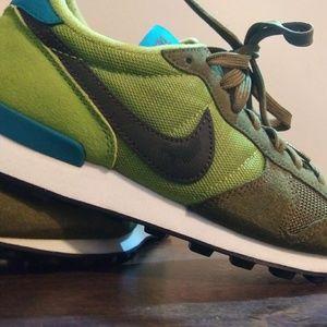 Women's Nike 7.5